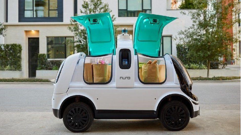 Nuro predstavio automobil za dostavu bez vozača