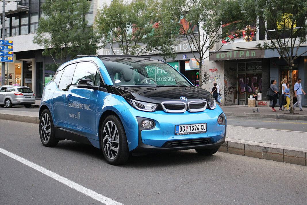 Raste prodaja električnih i hibridnih automobila u Srbiji