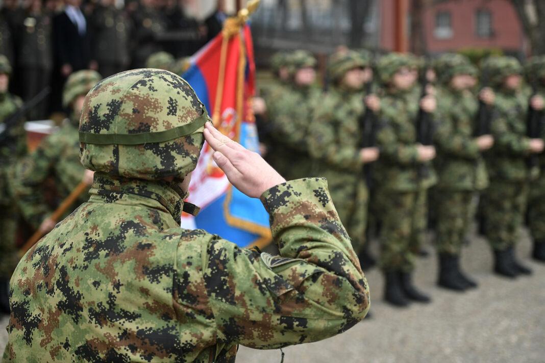 Potpisani ugovori sa domaćim fabrikama za opremanje vojske Srbije